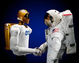 300px-Robonaut_and_astronaut_hand_shake